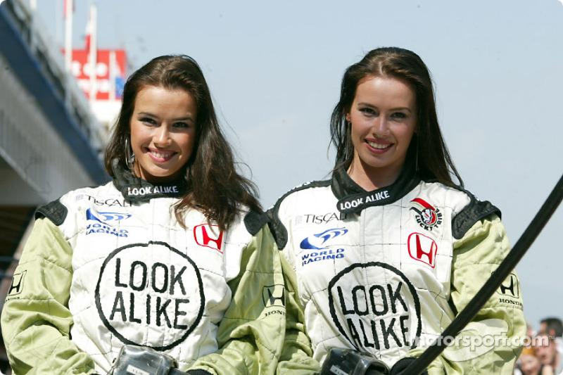 Дівчата Look Alike