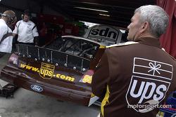 Dale Jarrett après son accident en essais libres