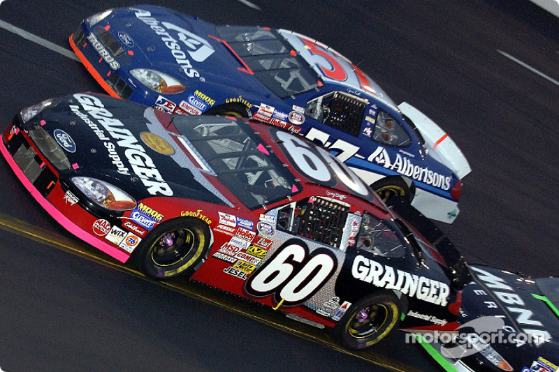 Greg Biffle battling with Jason Keller