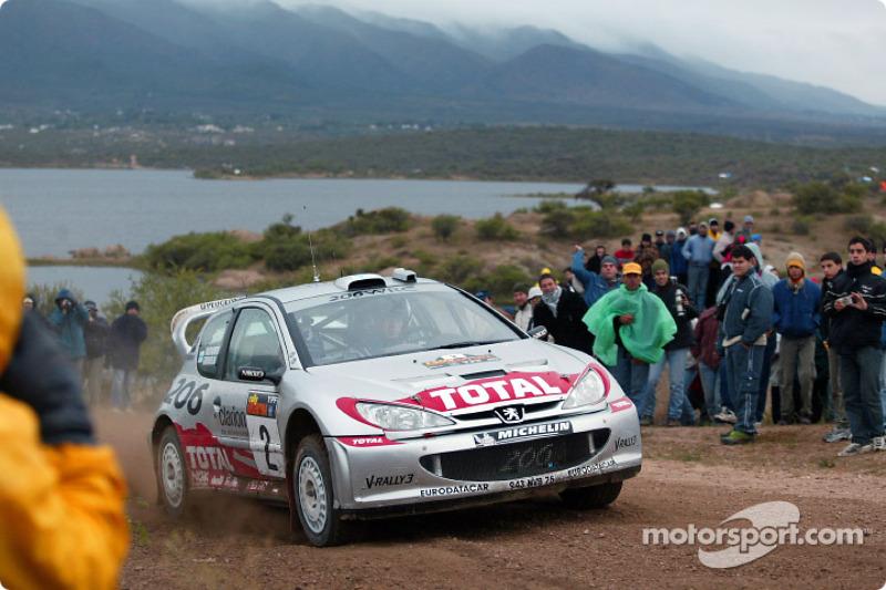 Marcus Grönholm, lors du Rallye d'Argentine 2002