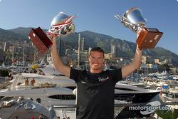 David Coulthard celebrating his win