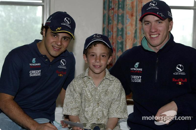 Visit of the Sainte-Justine Children hospital of Montreal: Felipe Massa and Nick Heidfeld