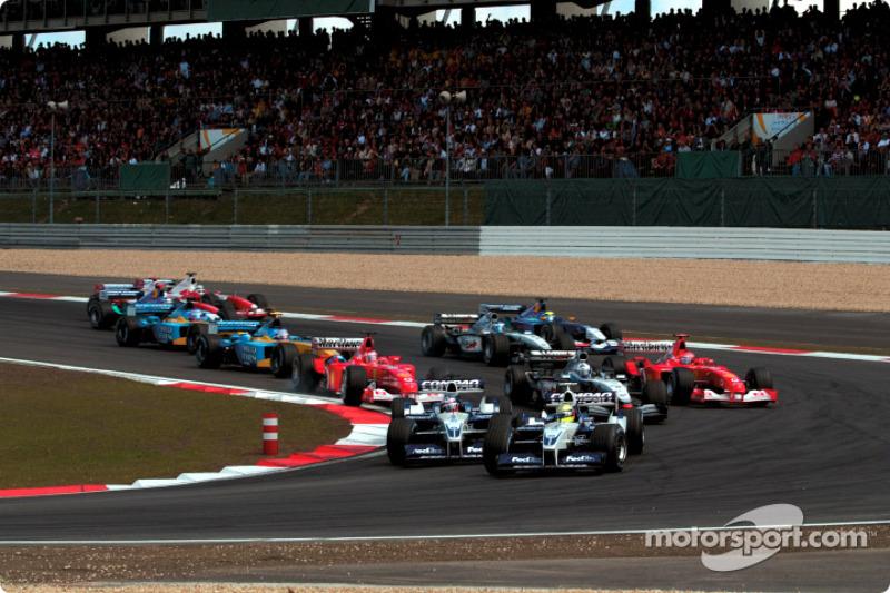 The start: Ralf Schumacher leading Juan Pablo Montoya