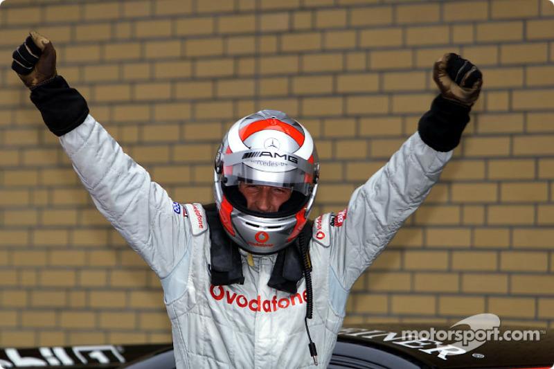 El ganador de la carrera, Bernd Schneider