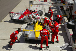 Pitstop for the two Audis