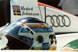 Helmet of Stefan Johansson