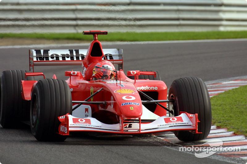 Michael Schumacher durante la sesión de calentamiento