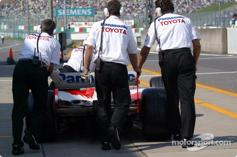 Toyota crew members