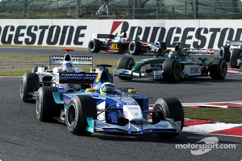 Felipe Massa leads Jacques Villeneuve