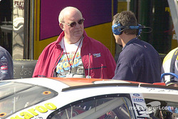 Benny Parsons with the Hooters team