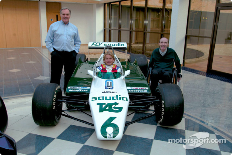 November 2002: Sitzprobe im Formel-1-WM-Auto von Vater Keke Rosberg
