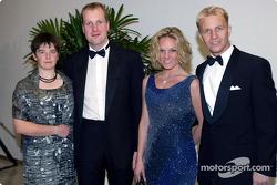Philip Mills, Petter Sollberg, y sus esposas
