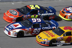 Jeff Gordon, Jeff Burton y Mike Skinner