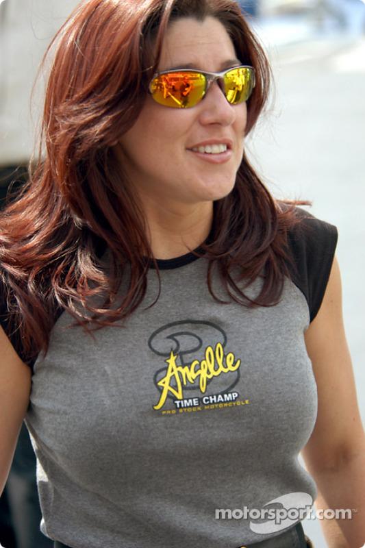 Angelle Savoie