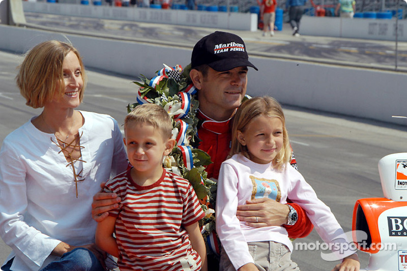 Gil de Ferran and family: wife Angela, daughter Anna and son Luke