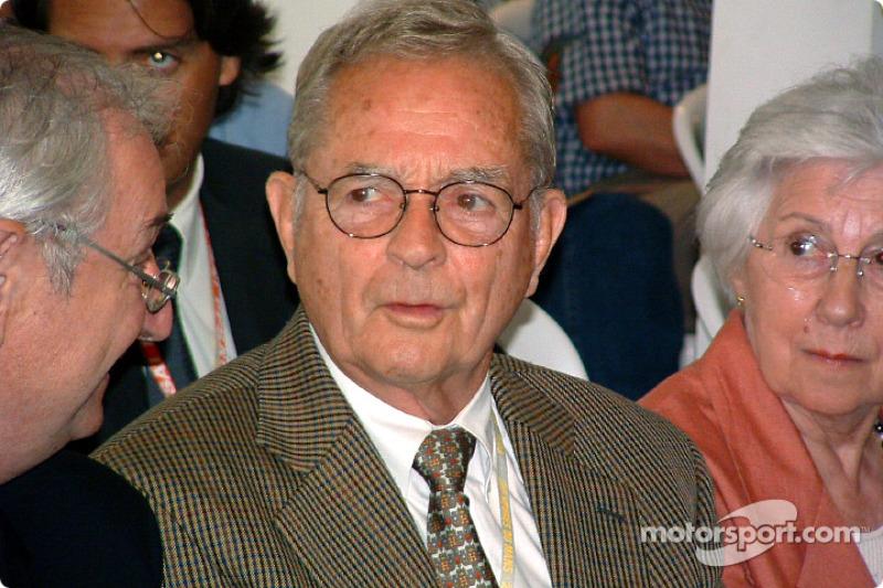 Phil Hill (foto): campeón en 1961, 3 victorias / Mike Hawthorn: campeón en 1958, 3 victorias