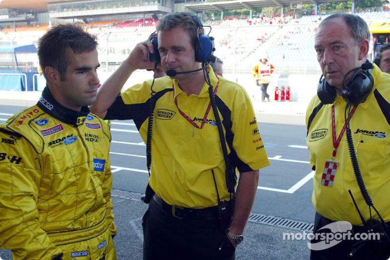 Zsolt Baumgartner con Tim Edwards y Ian Phillips