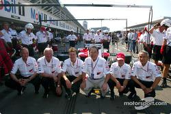 John Howett, TMG President, Ove Andersson, Toyota Team Principal, Olivier Panis, Fujio Cho, TMC President, Cristiano da Matta and Tsutomu Tomita, TMG Chairman