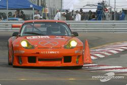 La Porsche GT3 RS n°33 de l'équipe ZIP Racing pilotée par Andy Lally, Spencer Pumpelly