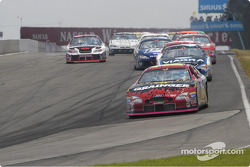 #16 Greg Biffle leads for lap 2