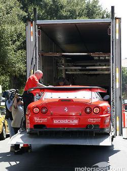 Prodrive Ferrari 550 Maranello is unloaded
