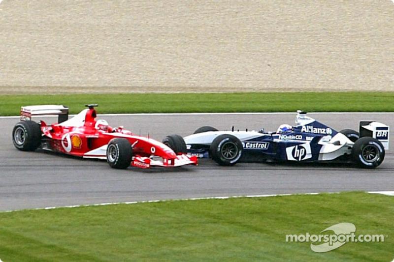 Choque de Juan Pablo Montoya y Rubens Barrichello