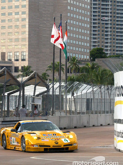 #4 Corvette Racing Chevrolet Corvette C5-R: Oliver Gavin, Kelly Collins