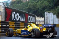 Ralph Firman gets caught, tight Macau circuit