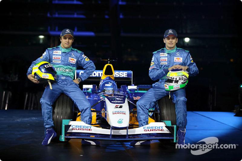 Феліпе Масса і Джанкарло Фізікелла з новим Sauber Petronas C23