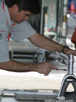 Super Aguri Fernandez Racing garage area