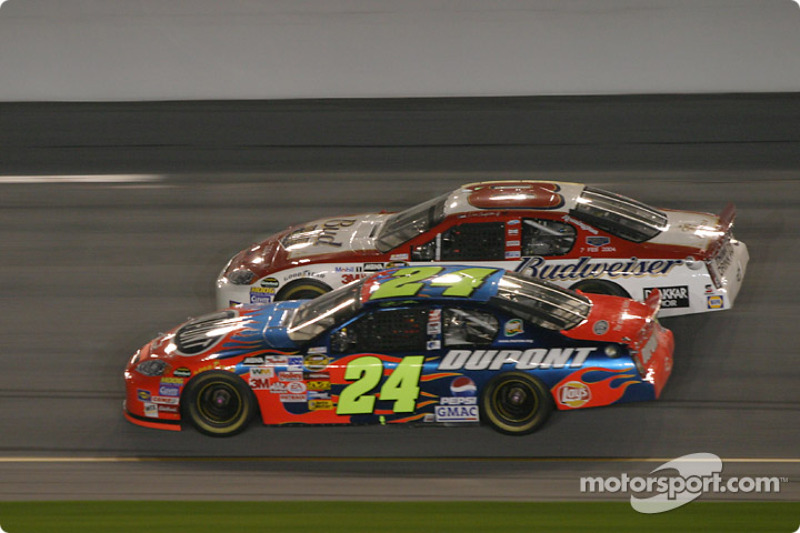 Jeff Gordon y Dale Earnhardt Jr.