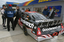 Kevin Harvick and the GM Goodwrench Chevrolet