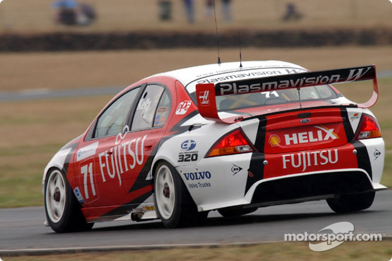 Fujitsu came on board with Dick Johnson Racing for the 2004 season