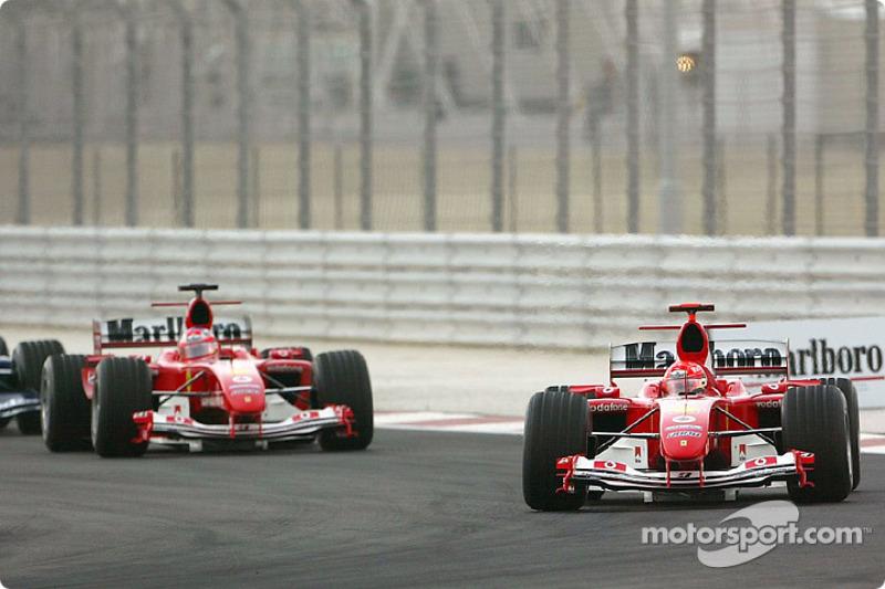 Пілоти Ferrari зберегли свої позиції
