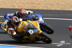 #15 Team Zone Rouge Yamaha R1: Michel Nickmans, Tom Vanlandschoot