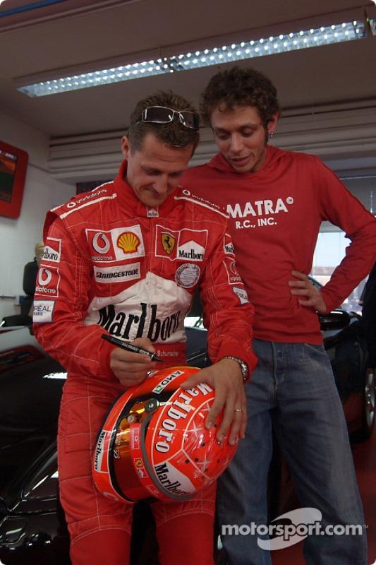 Valentino Rossi visits nearby Fiorano track: Michael Schumacher and Valentino Rossi