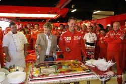 Michael Schumacher celebrates 200th Grand Prix with wife Corinna