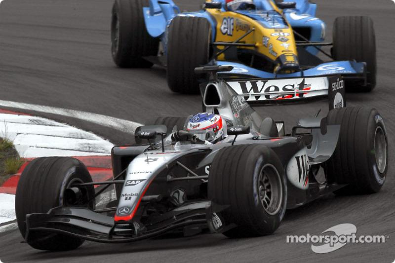 2004. McLaren MP4-19 Mercedes