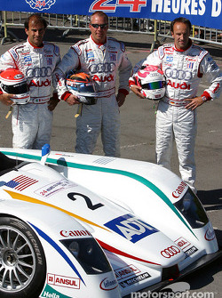Team photo: Champion Audi R8 with drivers Emanuele Pirro, JJ Lehto, Marco Werner