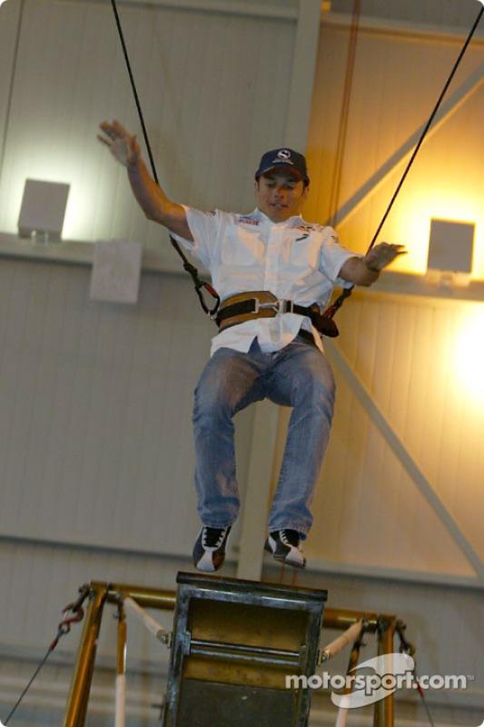 Sauber visite le Cirque du Soleil : Giancarlo Fisichella