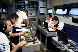 Williams-BMW motorhome: Marc Gene with Williams-BMW team members