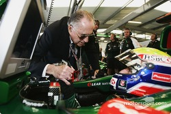 Sir Jack Brabham wishes good luck to Mark Webber
