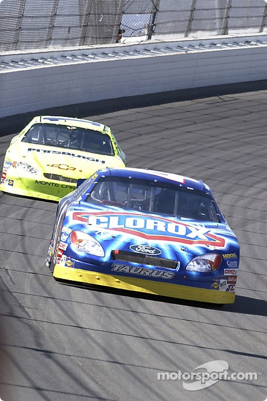 Paul Menard rattrape Robert Pressley
