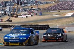 Kurt Busch, Penske Racing Dodge and Denny Hamlin, Joe Gibbs Racing Toyota