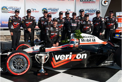 Will Power and his team