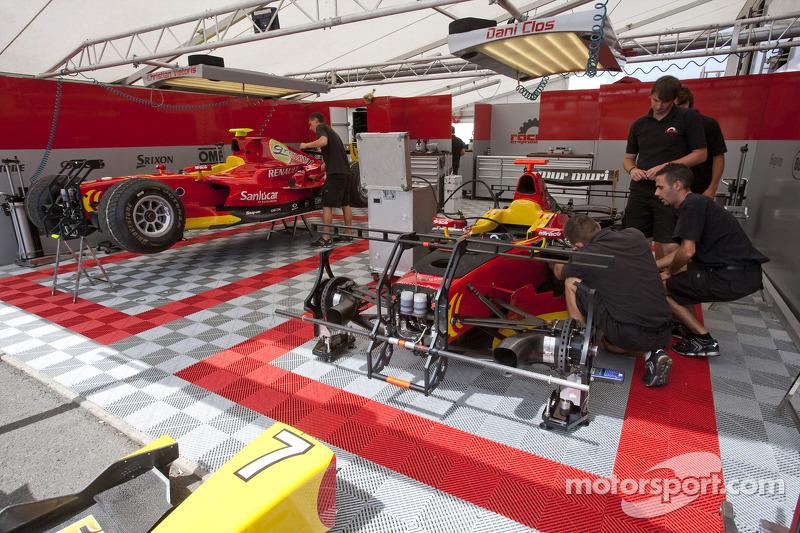 Racing engineering team