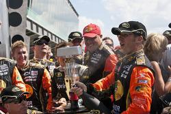 Victory lane: race winner Jamie McMurray, Earnhardt Ganassi Racing Chevrolet celebrates