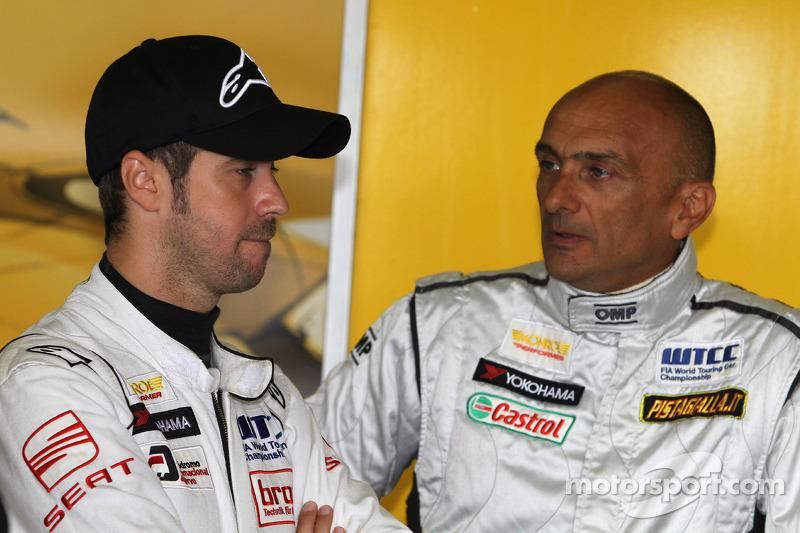 Tiago Monteiro SR-Sport Seat Leon 2.0 TDI en Gabriele Tarquini SR-Sport Seat Leon 2.0 TDI