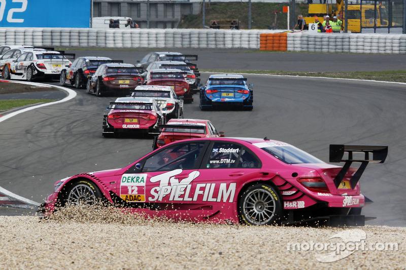 Susie Stoddart, Persson Motorsport, AMG Mercedes C-Klasse: accident