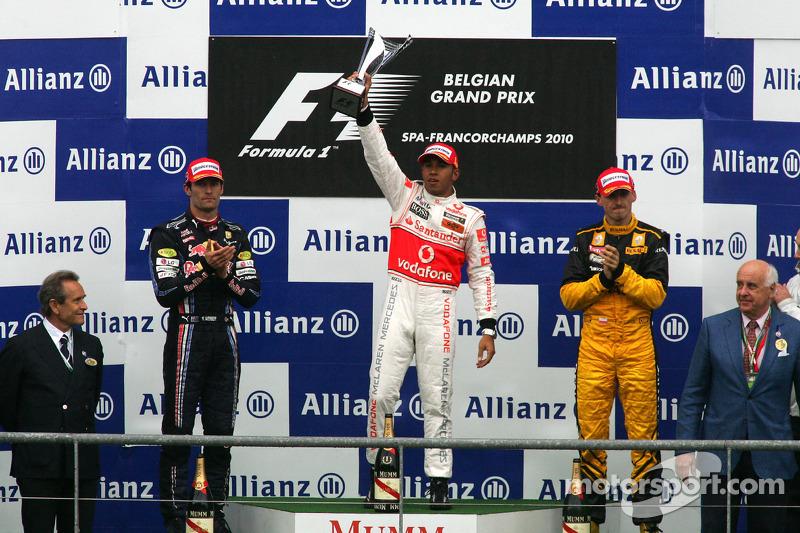 2010. Подіум: 1. Льюіс Хемілтон, McLaren-Mercedes. 2. Марк Веббер, Red Bull-Renault. 3. Роберт Кубіца, Renault